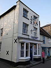 wimborne minster lesbian dating site ( also wimburn or winburn) located in dorsetshire, england between the years 705-23 a double monastery like the famous house of st hilda at whitby was founded at wimborne by sts.