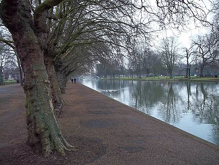 The Embankment, Bedford