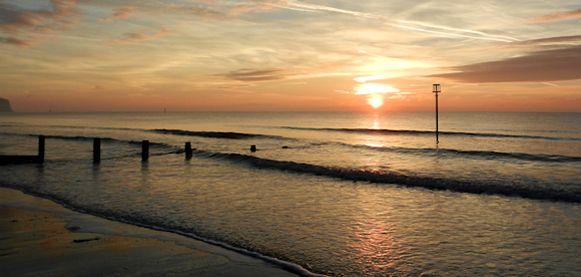 Sun rises on a prosperous 2014