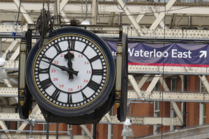 waterloo-station-clock