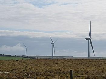 wind_turbines_