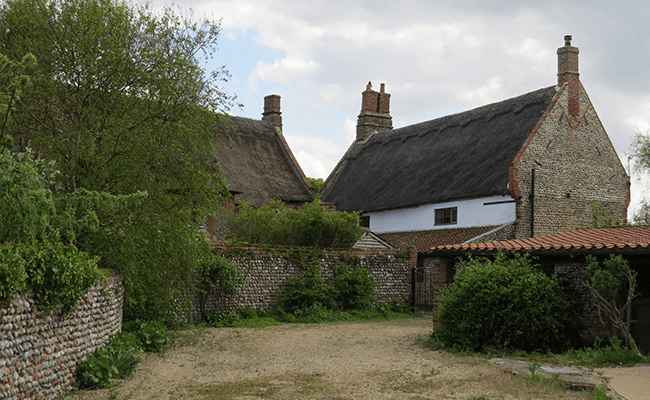 bacton-thatched-property