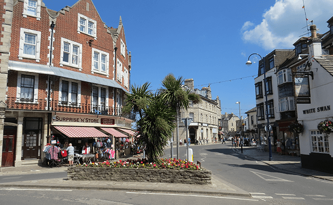 Swanage-commercial-shopping-area