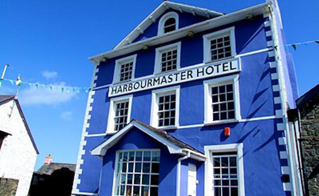 aberaeron-harbourmaster-hotel-building