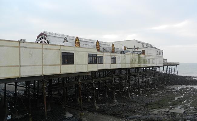 aberystwyth-pier-building