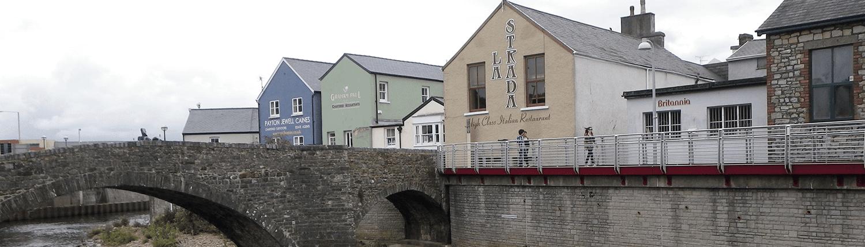 bridgent-commercial-riverside-buildings