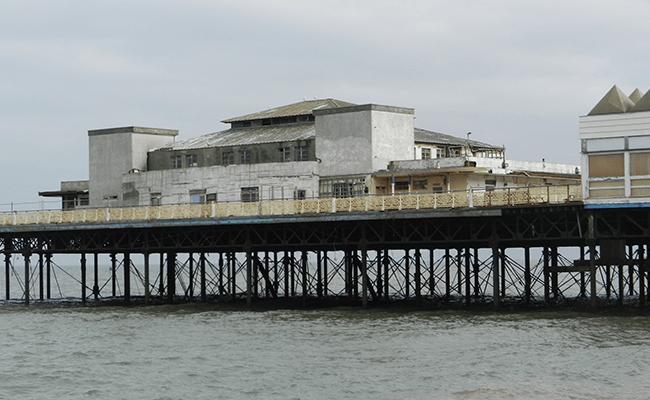 colwyn-bay-pier-structure