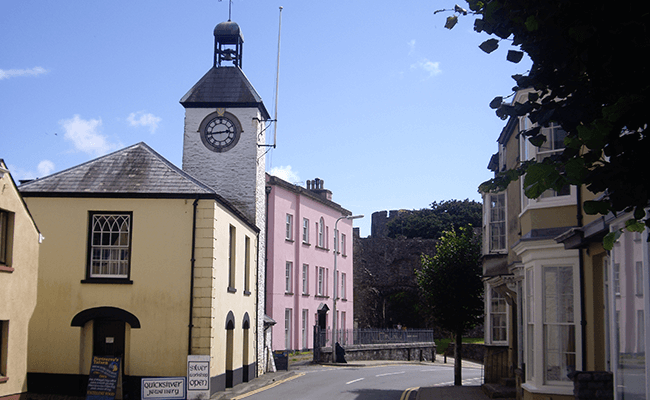 laugharne-clock-tower-and-buildings