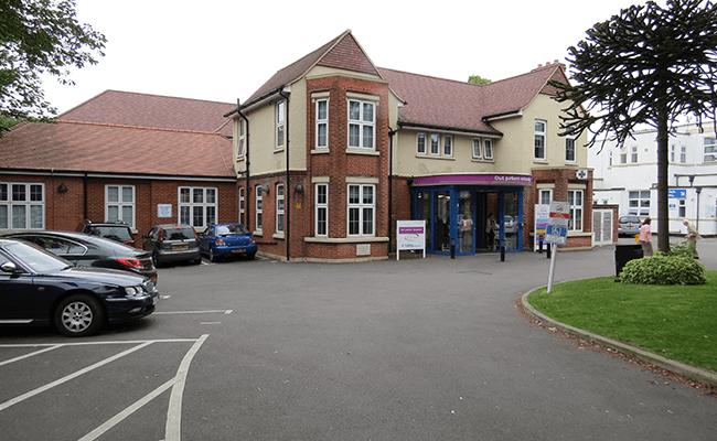 purley-war-memorial-hospital-building-lb-croydon