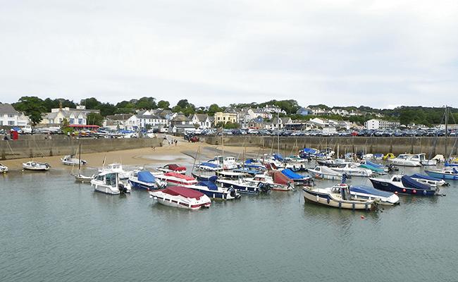 saundersfoot-residential-property-overlooking-the-harbour